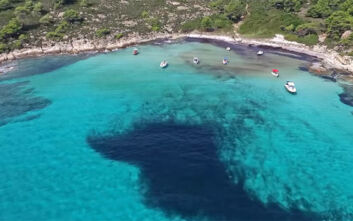 Παραλία Λευκή ή αλλιώς... η Χαβάη της Ελλάδας