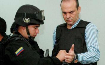 Κόκκινα σήματα της Interpol σε βάρος πρώην ηγέτη ακροδεξιού τάγματος θανάτου στην Κολομβία