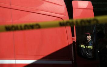 Υπό πλήρη έλεγχο τέθηκε η φωτιά που εκδηλώθηκε κοντά στον σταθμό των ΚΤΕΛ «Μακεδονία»