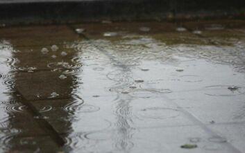 Κακοκαιρία Θάλεια: Βροχές και καταιγίδες και σήμερα- Οι περιοχές που βούλιαξαν