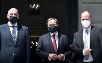 Πρωθυπουργός Βόρειας Ρηνανίας - Βεστφαλίας: Δεν έκανα τεστ για τον κορονοϊό επειδή η Ελλάδα δεν ανήκει στις περιοχές κινδύνου