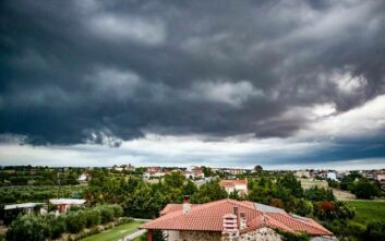 Η «Θάλεια» έφερε καταιγίδες - Ποιες περιοχές επηρεάζονται και μέχρι πότε