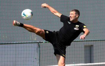 Καρέρα: Δεν θα σταματήσω να παίζω ποδόσφαιρο ποτέ