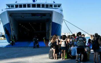 Πέτσας: Υποχρεωτική χρήση μάσκας και στους εξωτερικούς χώρους των πλοίων μέχρι 18 Αυγούστου