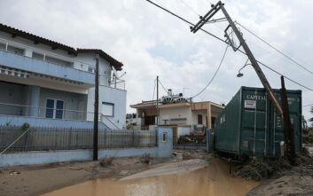 Συνεχίζονται οι εργασίες αποκατάστασης της ηλεκτροδότησης στην Εύβοια