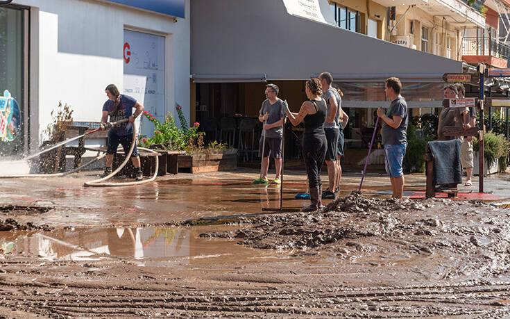Εύβοια: Μάχη με τις λάσπες – Χωρίς πόσιμο νερό 4 χωριά - Δείτε τις φωτογραφίες