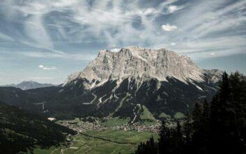 Η «στέγη» της Γερμανίας δέχθηκε ρεκόρ ορειβατών