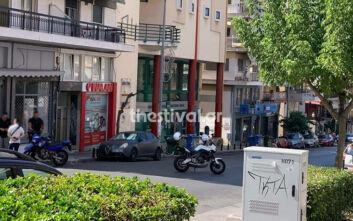 Δύο τηλεφωνήματα για βόμβα σε τράπεζες στη Θεσσαλονίκη - Εικόνες από το σημείο