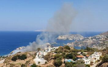 Φωτιά τώρα στην Αγία Πελαγία στην Κρήτη: Μαίνεται κοντά σε σπίτια και ξενοδοχεία