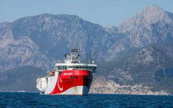 Θρίλερ με το Oruc Reis: Πλέει στα 12 ναυτικά μίλια από το Καστελόριζο - Η απάντηση Πέτσα