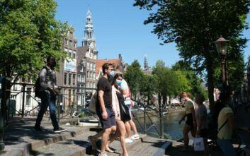 Έκτακτα μέτρα στην Ολλανδία για τον κορονοϊό: Yποχρεωτική καραντίνα μετά από έκθεση στον ιό