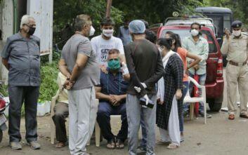 Ινδία: Ασθενείς με κορονοϊό πέθαναν σε νοσοκομείο που έπιασε φωτιά