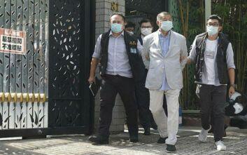 Συνελήφθη μεγιστάνας των ΜΜΕ και στελέχη του ομίλου του στο Χονγκ Κονγκ