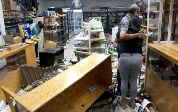 Λεηλασίες και πυροβολισμοί στο Σικάγο