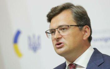 Το Κίεβο πάγωσε όλες τις επαφές με το Μινσκ και συντάχθηκε με την Ευρωπαϊκή Ένωση