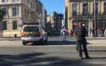 Ομηρεία στη Γαλλία: Απελευθέρωσε τους ομήρους και παραδόθηκε ο ένοπλος