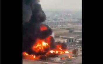 Μεγάλη φωτιά σε αγορά του εμιράτου Ατζμάν των Ηνωμένων Αραβικών Εμιράτων