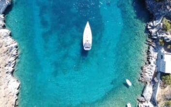 Αλύπα: Η μυστική παραλία στον Όρμο της Νύμφης