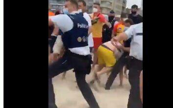 Επεισόδια σε παραλία στο Βέλγιο - Παραθεριστές επιτέθηκαν σε αστυνομικούς που πήγαν να διώξουν