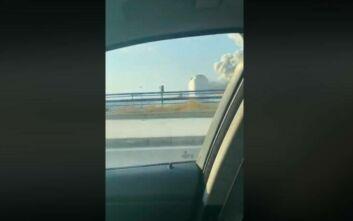 Το ωστικό κύμα συνθλίβει αυτοκίνητο εν κινήσει στη Βηρυτό – Βίντεο που κόβει την ανάσα