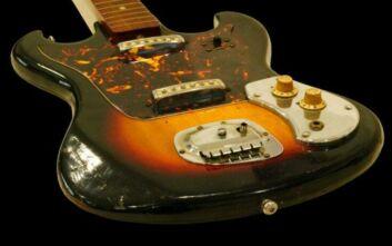 Τζίμι Χέντριξ: Εκτίμησαν την κιθάρα του για 42.000 ευρώ και τελικά πουλήθηκε σε τετραπλάσια τιμή
