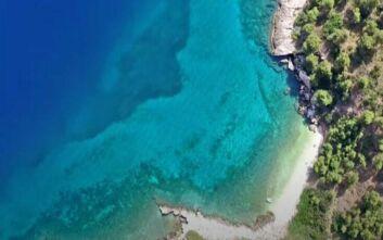Μικρό Πήλιο: Η κρυφή και καταγάλανη παραλία στην Αττική
