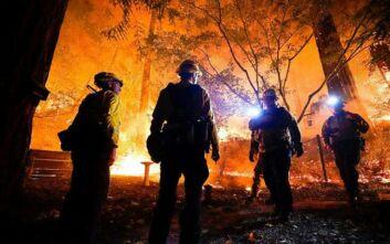 Η Καλιφόρνια καίγεται - Πάνω από 1 εκατομμύριο στρέμματα έχουν γίνει στάχτη