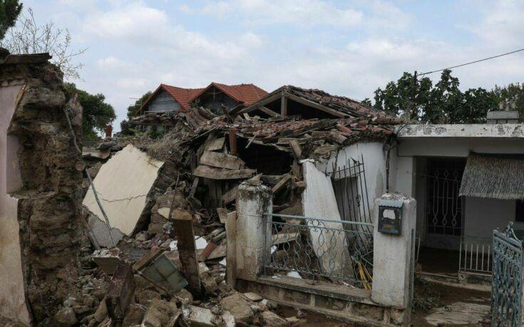 Ανείπωτη τραγωδία στην Εύβοια: Πέντε νεκροί, δύο αγνοούμενοι και περίπου 2.500 κατεστραμμένα σπίτια