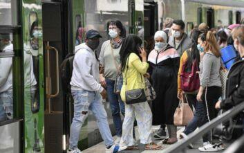 ΠΟΥ: Επικίνδυνη η «ανοσία της αγέλης» - Πρέπει να εμβολιαστεί το 70% του πληθυσμού