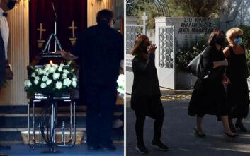 Συντετριμμένη η οικογένεια του Γιάννη Πουλόπουλου στην κηδεία του