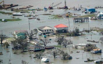 Τουλάχιστον 14 νεκροί σε Λουϊζιάνα και Τέξας από τον κυκλώνα Λόρα