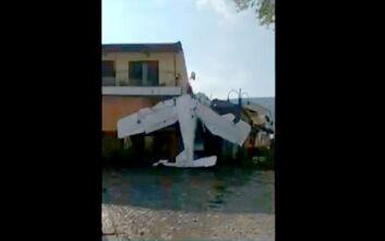 Οι πρώτες εικόνες από την πτώση του μονοκινητήριου αεροπλάνου στην Πρώτη Σερρών