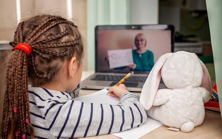Οδηγός του υπ. Παιδείας με 25 απαντήσεις για το άνοιγμα των σχολείων- Τι ισχύει για μάσκες, απουσίες και τηλεκπαίδευση 9