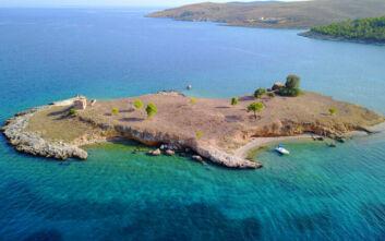 Αψηφιά: Η άγνωστη νησίδα με την απόκοσμη ομορφιά