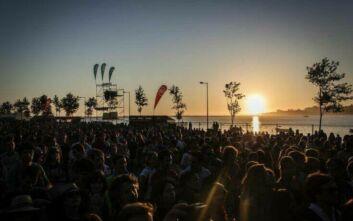 Συναυλία σε παραλία στη Χαλκιδική: «Έγιναν δύο έλεγχοι, ήμασταν τυπικότατοι», λέει ο ιδιοκτήτης του beach bar