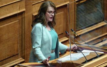 Η βουλευτής της «Ελληνικής Λύσης» Α. Αλεξοπούλου ανεξαρτητοποιήθηκε αλλά το μετάνιωσε και ζητά τώρα να ακυρωθεί η αποχώρησή της