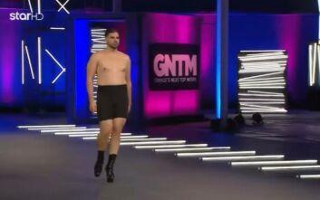 GNTM 3: Ο Κωνσταντίνος περπάτησε με 15ποντα και οι κριτές δεν πίστευαν στα μάτια τους