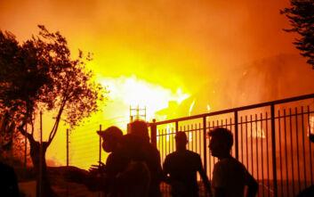 Φωτιά στη Μόρια: Οι κλειστές ομάδες του facebook, η «εμπρηστική» ανάρτηση και οι 30 νεαροί
