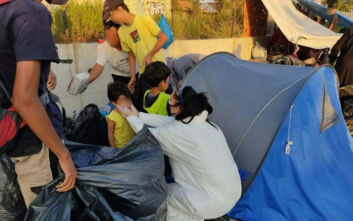 Λέσβος: Αστυνομική επιχείρηση για τη μεταφορά προσφύγων στον καταυλισμό του Καρά Τεπέ