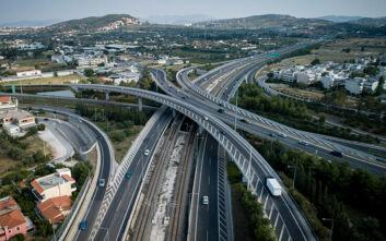 Τα βήματα για 10 μεγάλα έργα: Ξεκινούν οι δημοπρατήσεις για τις επεκτάσεις της Αττικής Οδού