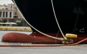 Δεμένα τα πλοία στον Πειραιά στις 24 Σεπτεμβρίου λόγω απεργίας
