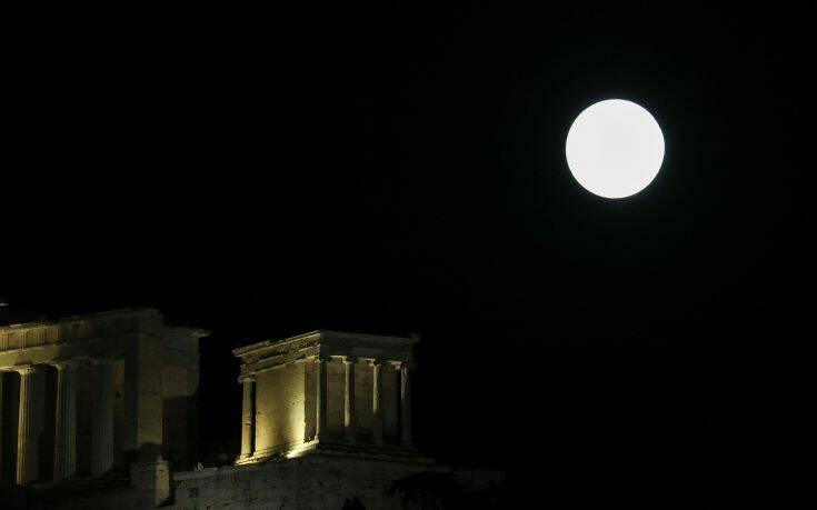 Πανσέληνος Σεπτεμβρίου: Το «Φεγγάρι του Καλαμποκιού» θα κάνει την εμφάνισή του στον ουρανό