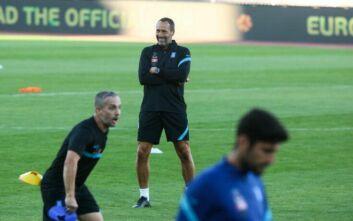 Ετοιμάζει Φορτούνη, Κουλούρη και Σταφυλίδη ο Τζον Φαν Σιπ για το ματς στο Κόσοβο