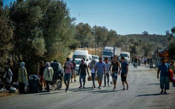 Επικρίνεται η πρόταση Μέρκελ - Ζέεχοφερ για υποδοχή 1.500 προσφύγων από τα ελληνικά νησιά