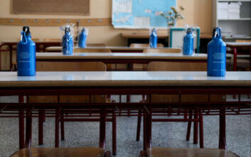 ΣΥΡΙΖΑ: Ζοφερή η έλλειψη κυβερνητικής προετοιμασίας – Ορατό το μαζικό κλείσιμο σχολείων