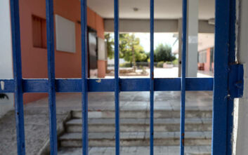 Μαθητής σε σχολείο υπό κατάληψη στο Σουφλί έπεσε από τη στέγη και τραυματίστηκε σοβαρά
