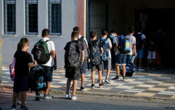 ΚΚΕ: Να σταματήσει η κυβέρνηση να κοροϊδεύει μαθητές, γονείς και εκπαιδευτικούς