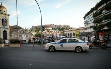Τρεις Τούρκοι συνελήφθησαν στο κέντρο της Αθήνας - Είχαν πλαστές ελληνικές ταυτότητες