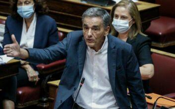 Τσακαλώτος: Η κυβέρνηση έχει συμβόλαια και χρέη που δεν της επιτρέπουν να δει την πραγματικότητα