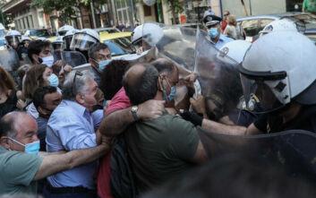 Ξανθός: Αντιδημοκρατική και αντικοινωνική η σημερινή εικόνα έξω από το υπουργείο Υγείας